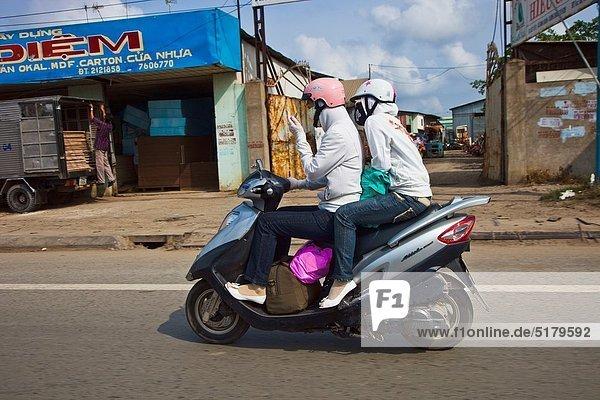 Mensch  Menschen  Großstadt  Motorrad