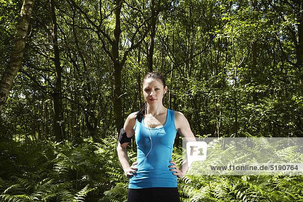 stehend  Wald  Läufer