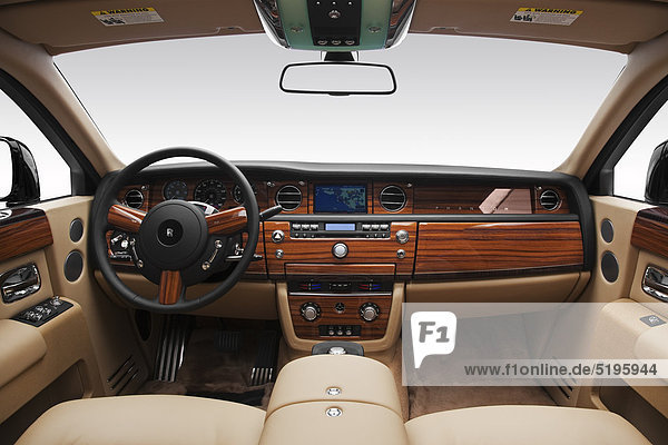 2011 Rolls-Royce Phantom in schwarz - Dashboard  Mittelkonsole  gear Shifter-Ansicht