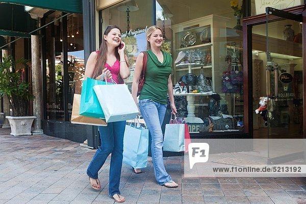 Handy  sprechen  Freundschaft  kaufen  2