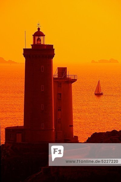 Frankreich  Europa  Sonnenuntergang  Leuchtturm  Bretagne