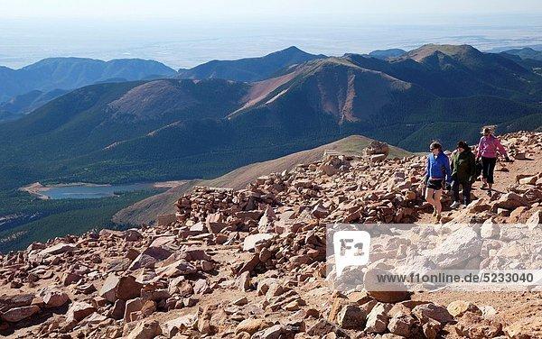 nahe  Berggipfel  Gipfel  Spitze  Spitzen  folgen  wandern  Hecht  Esox lucius  Colorado