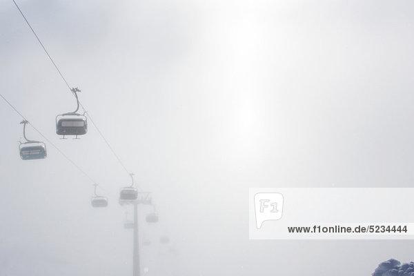 Sessellift im Nebel  Arlberg