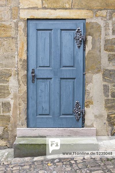 Eine blaue Tür