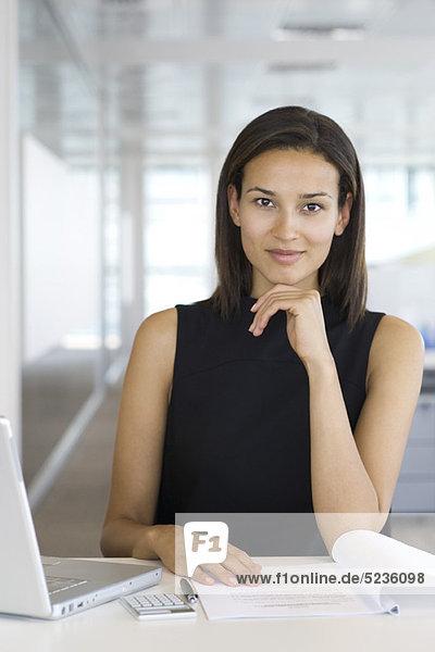 Zuverlässige Geschäftsfrau  Porträt