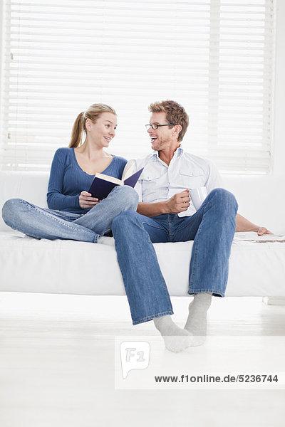 Zusammenhalt  Entspannung  Couch