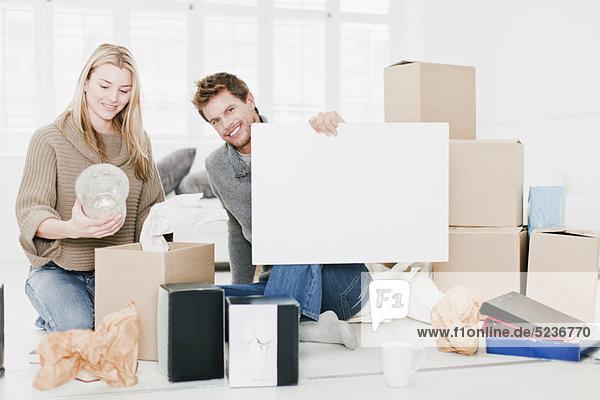 verpacken Eigentumswohnung neues Zuhause