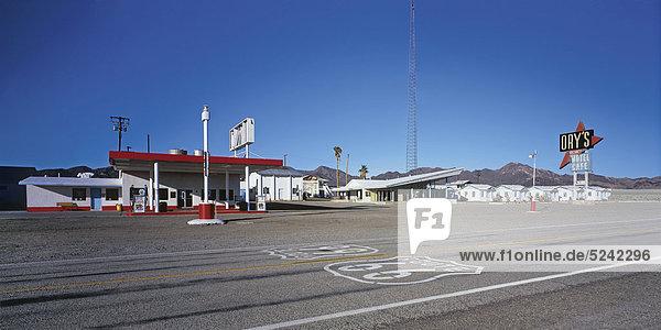 Tankstelle und Motel an der Route 66  USA