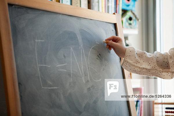schreiben Mädchen Schreibtafel Tafel