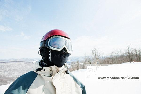 Frau mit Ski goggles  Porträt