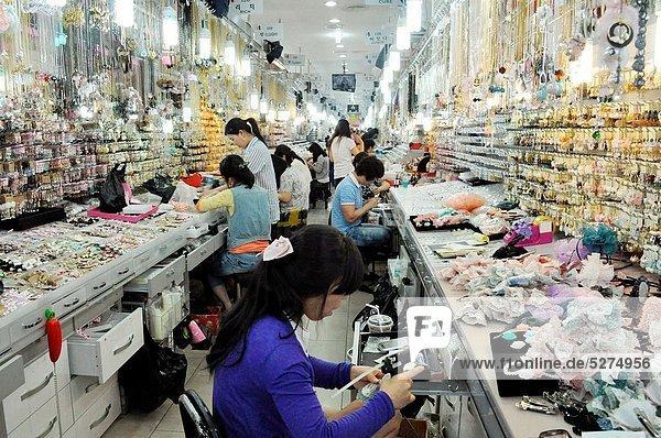 Seoul  Hauptstadt  Frau  arbeiten  Schmuck  Kostüm - Faschingskostüm  Markt