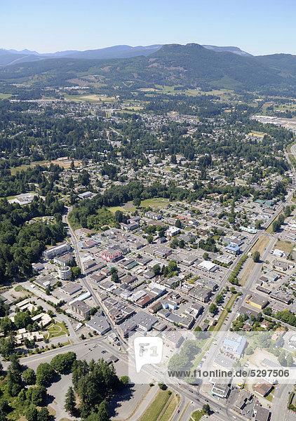 Luftaufnahme  Innenstadt von Duncan  Cowichan Valley  Vancouver Island  British Columbia  Kanada
