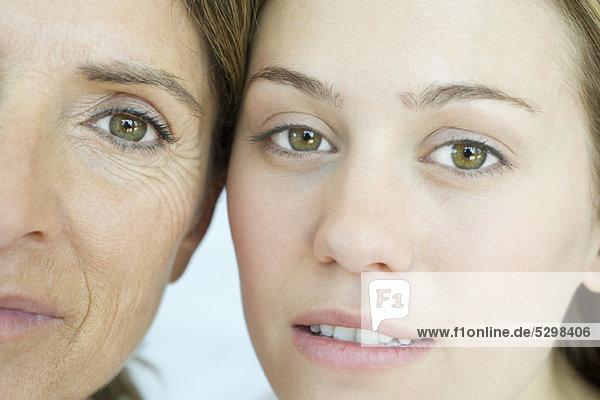 Mutter und Tochter  Nahporträt