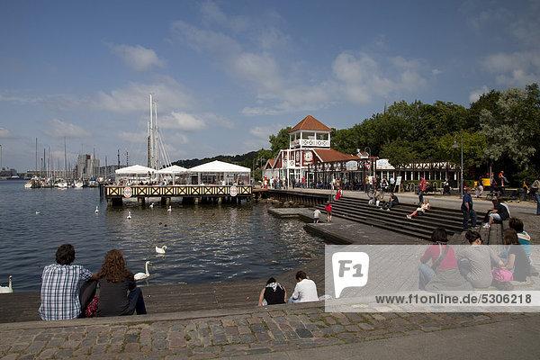 Cafe and Restaurant Bellevue on the Baltic Sea shore  port  Flensburg  Flensburg Fjord  Schleswig-Holstein  Germany  Europe  PublicGround