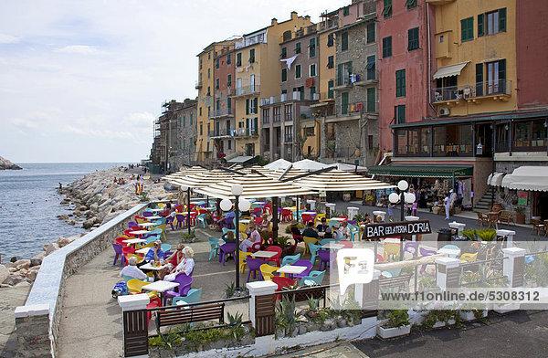 Hafen Europa Mensch Menschen Restaurant UNESCO-Welterbe Italien Ligurien Porto