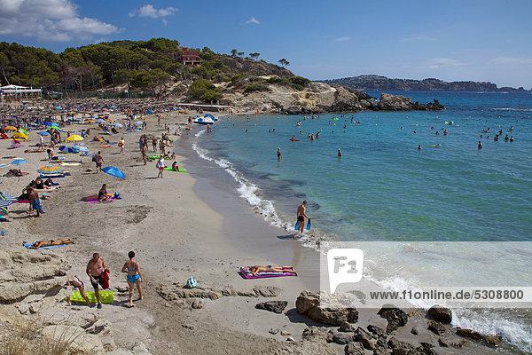 Europa Strand Tourist Sand Balearen Balearische Inseln Mallorca Mittelmeer Spanien