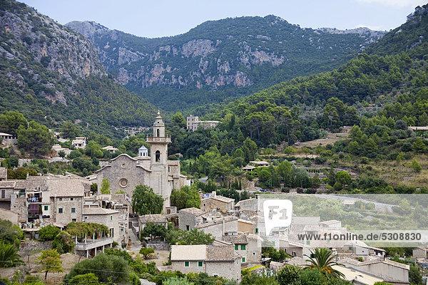 Städtisches Motiv Städtische Motive Straßenszene Straßenszene Europa Balearen Balearische Inseln Mallorca Spanien Valldemossa