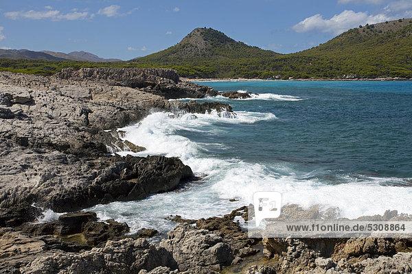 nahe Europa Strand Küste Balearen Balearische Inseln Cala Ratjada Mallorca Mittelmeer Spanien