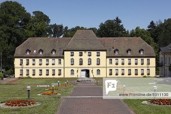 Schloss Alexandersbad  Bad Alexandersbad  Fichtelgebirge  Oberfranken  Franken  Bayern  Deutschland  Europa  ÖffentlicherGrund