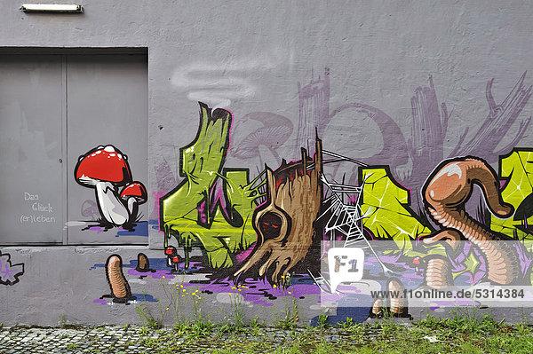 Graffiti  Das Glück (er)leben  München  Bayern  Deutschland  Europa  ÖffentlicherGrund