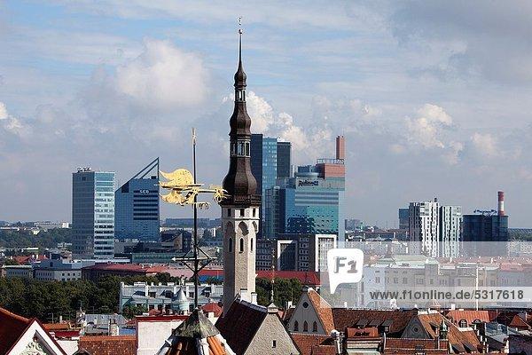 Skyline  Skylines  Wetterfahne  Halle  Stadt  Großstadt  Turm  Estland