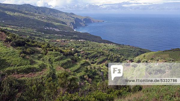 nahe Europa Gebäude Steilküste Einsamkeit Kanaren Kanarische Inseln Atlantischer Ozean Atlantik La Palma Spanien steil