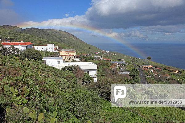 Europa über Küste Kanaren Kanarische Inseln Atlantischer Ozean Atlantik La Palma Regenbogen Spanien