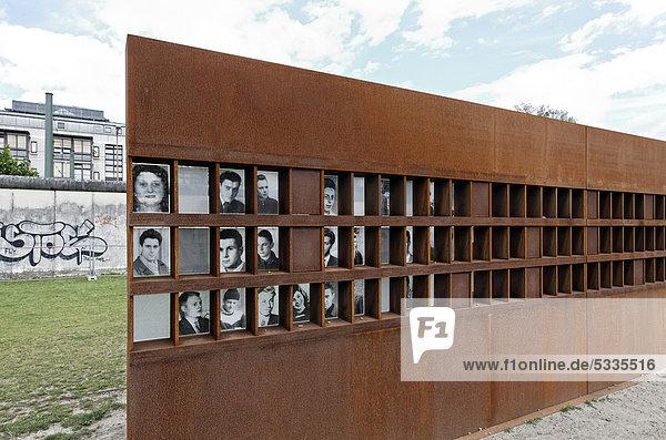 Fenster des Gedenkens für die Opfer der Berliner Mauer,  Gedenkstätte Bernauer Straße,  Berlin-Mitte,  Deutschland,  Europa