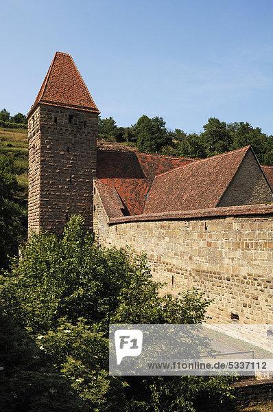 Haspelturm oder Hexenturm mit Klostermauer vom Kloster Maulbronn  Zisterzienserabtei von 1147-1556  Klosterhof 5  Maulbronn  Baden-Württemberg  Deutschland  Europa
