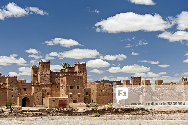 Kasbah Amerhidil  Tighremt or Berber residential castle made from rammed earth in a dry river bed at Skoura  Lower Dades Valley  Kasbahs Route  southern Morocco  Morocco  Africa