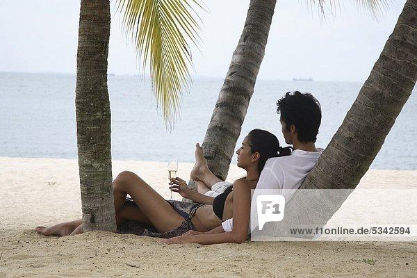 Paar Tanjong Beach auf Sentosa in Singapur