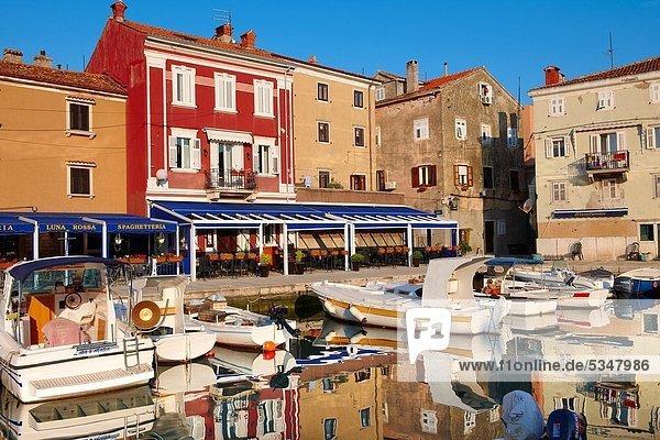 Hafen  klein  Stadt  Boot  Cres  Kroatien  alt