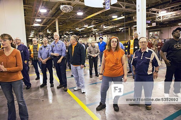 Warren,  Michigan - Workers at General Motors´ Warren Transmission Plant listen to company and union officials announce new jobs for the plant