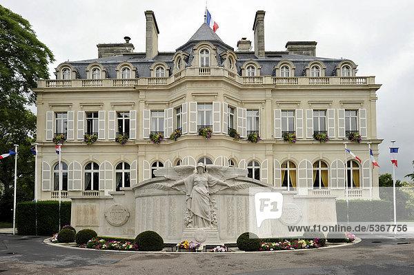 Hotel de Ville  Rathaus  …pernay  Champagne  Marne  Frankreich  Europa  ÖffentlicherGrund