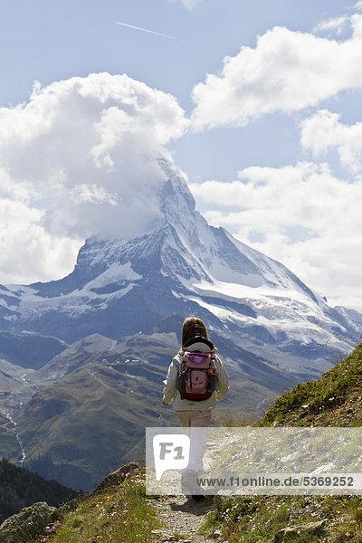 Europa Berg folgen Ansicht Zimmer Schweiz Zermatt Kanton Wallis