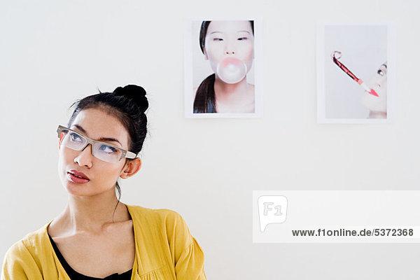 Junge weibliche Mode Designer  Porträt