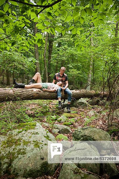 Zusammenhalt Entspannung Wald