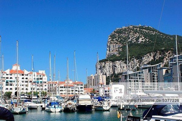 Felsbrocken  Jachthafen  Ansicht  Gibraltar