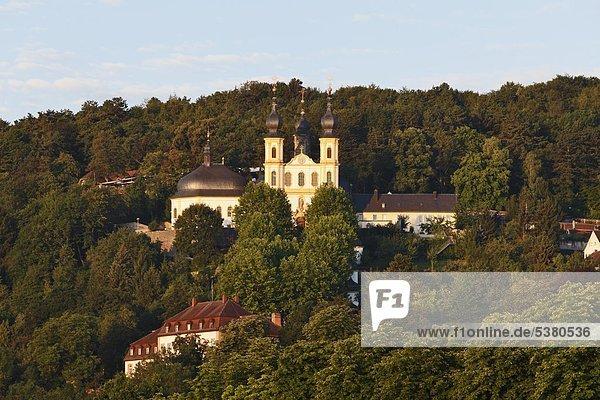 Deutschland  Bayern  Würzburg  Blick auf die Wallfahrtskirche Kaeppele