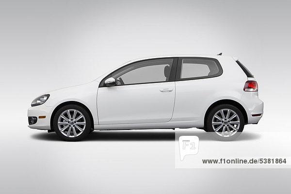 2012 VW Golf TDI in weiß - Treiber Seite Profil