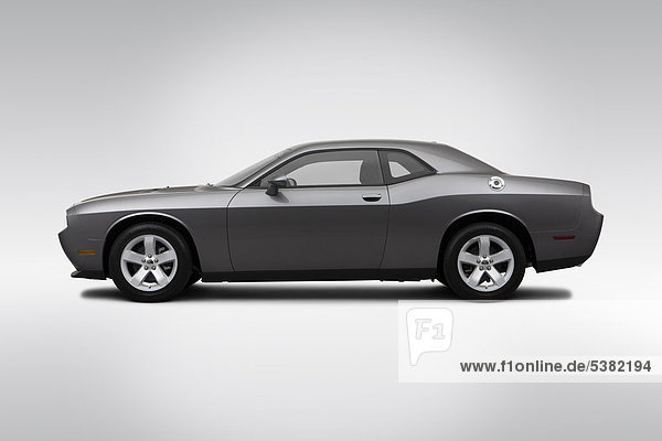 Profil Profile grau fahren Dodge Seitenansicht Konflikt
