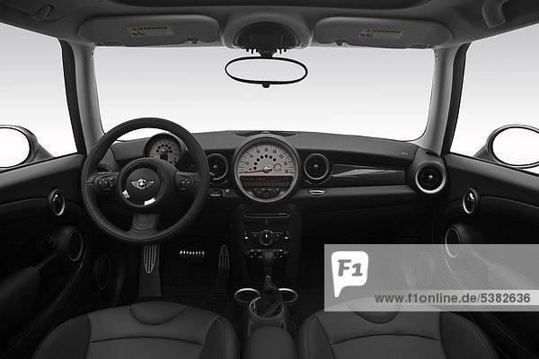 2012 Mini Cooper Clubman S in weiß - Armaturenbrett  Mittelkonsole  Getriebe Schalthebel anzeigen