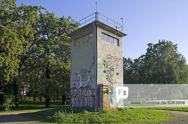 Grenzkontrollturm,  ehemalige DDR,  Treptow,  Berlin,  Deutschland,  Europa