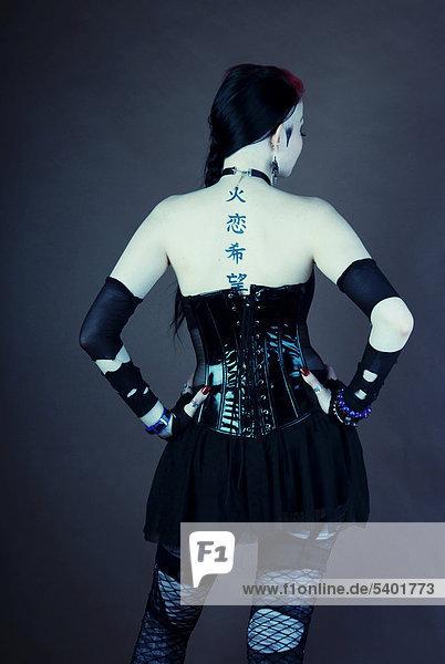 Gothic Tattoos on Frau  Gothic  R  Cken  Tattoo   Lizenzpflichtiges Bild  Rights Managed