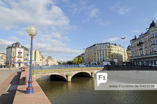 Pont Sadi Carnot Brücke  Savoureuse Fluss  Belfort  Franche-Comte  Frankreich  Europa  ÖffentlicherGrund