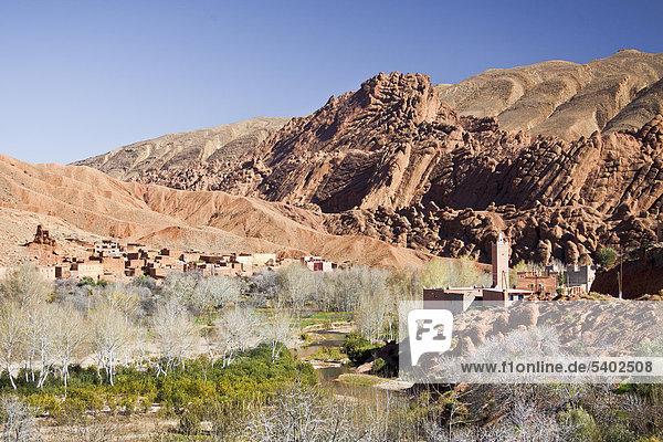 Marokko  Nordafrika  Afrika  Süden Marokkos  Atlas  Bergen  Bergen  Dades  Tal  Dorf