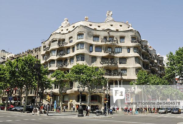 Casa Mil‡  La Pedrera  Architekt Antoni Gaudi  Passeig de Gr‡cia  Stadtteil Eixample  Barcelona  Katalonien  Spanien  Europa  ÖffentlicherGrund