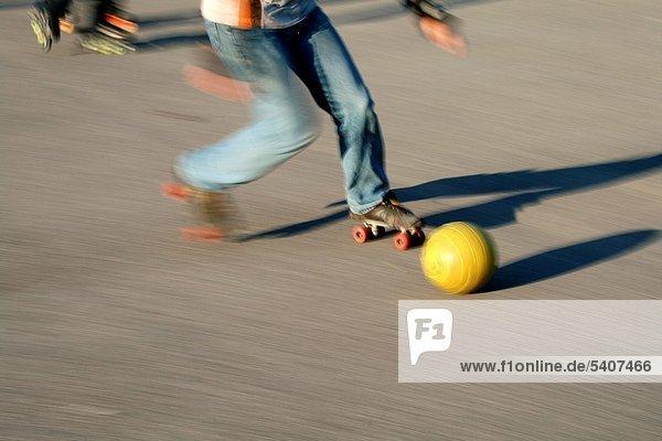 Spiel  nachlaufen  Fußball  Ball Spielzeug