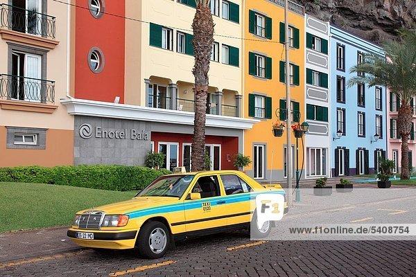 Farbaufnahme Farbe Europa Eingang Gebäude Hotel Madeira Portugal