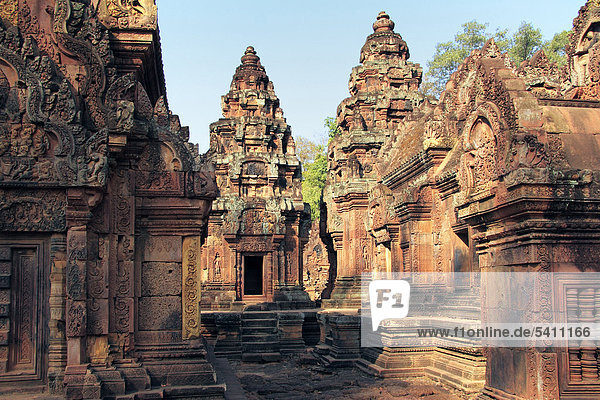 Angkor Wat  Asia  Asian  Cambodia  Cambodian  South East Asia  Temple  travel  destinations  UNESCO  World Heritage  site  Architecture  building  Art  Sculpture  statue  Kamputchea